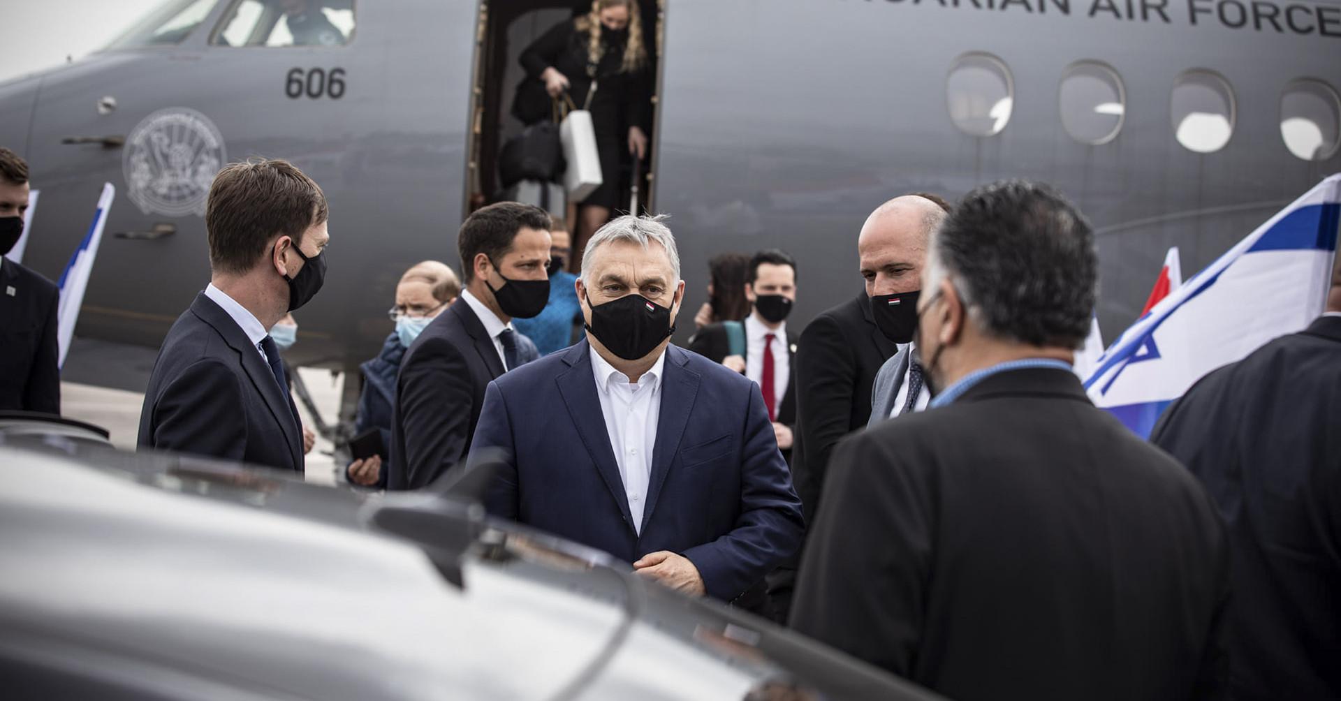 Orbán személyesen nézte meg a nyitást Izraelben