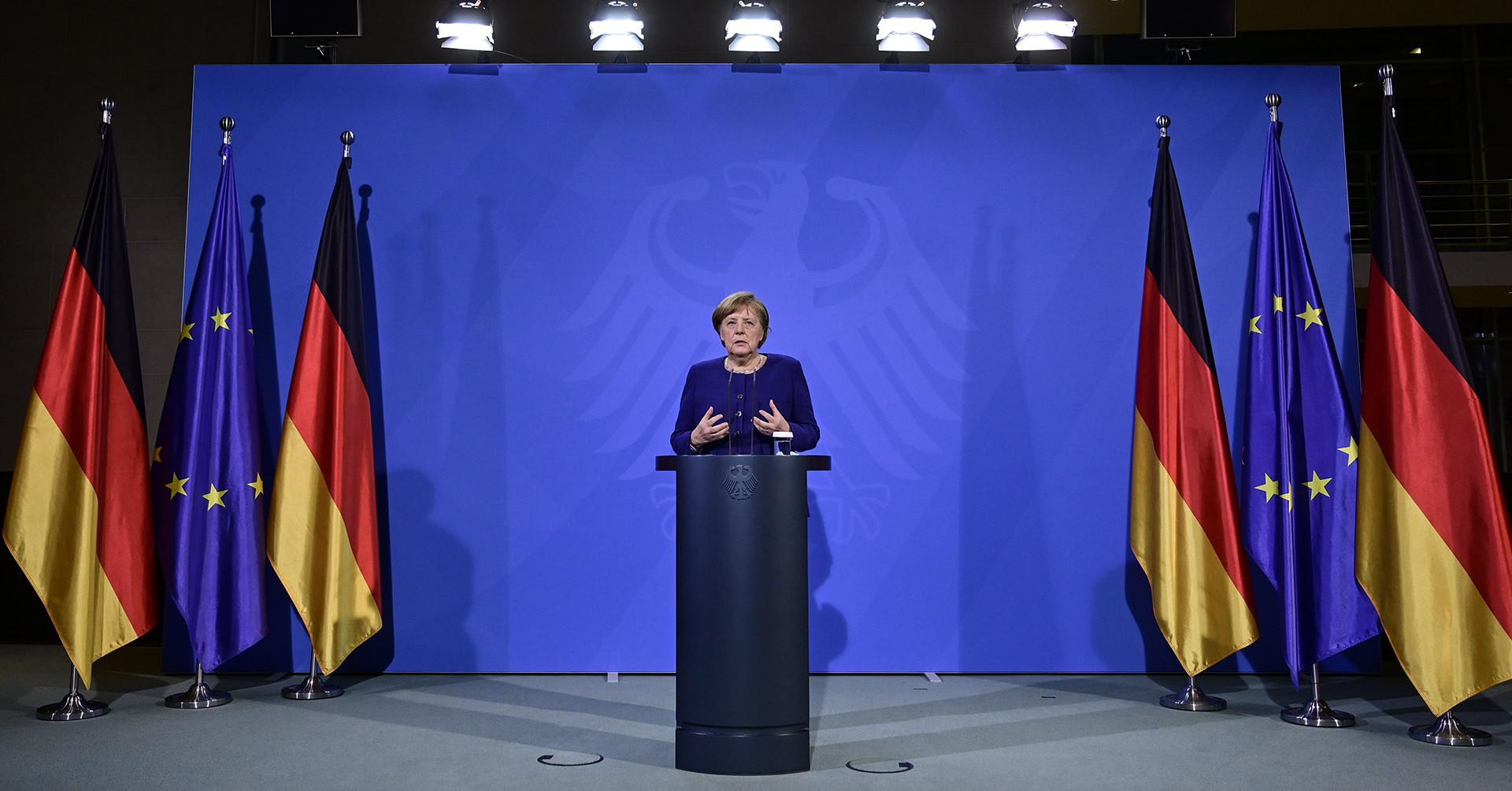 Merkel: Véget nem érő, örök kötelesség a nácik áldozataira emlékezni