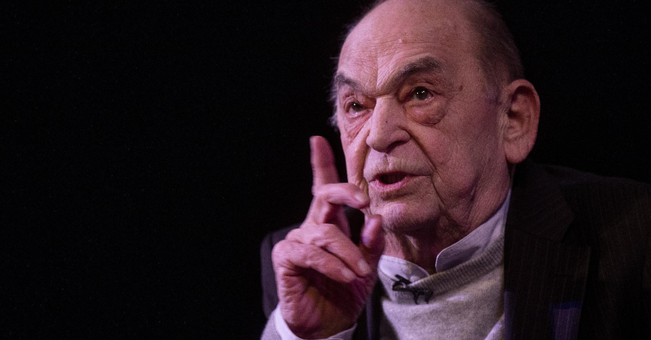 Bodrogi Gyula: A vasárnap.hu főszerkesztőjét a náci kijelentései miatt meg kell büntetni