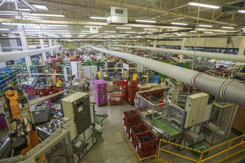 Ötmilliárd forintos fejlesztéssel bővíti kapacitását a Co